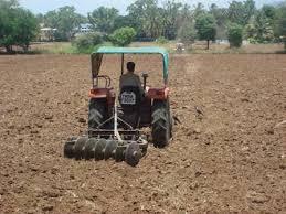 پاورپوینت انواع ماشین آلات و روش های  خاک ورزی و کاشت